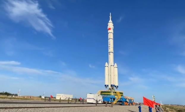 Китай ще изстреля първата си пилотирана космическа мисия от 2016