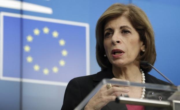 Утре, 17 юни, европейският комисар по въпросите на здравеопазването и