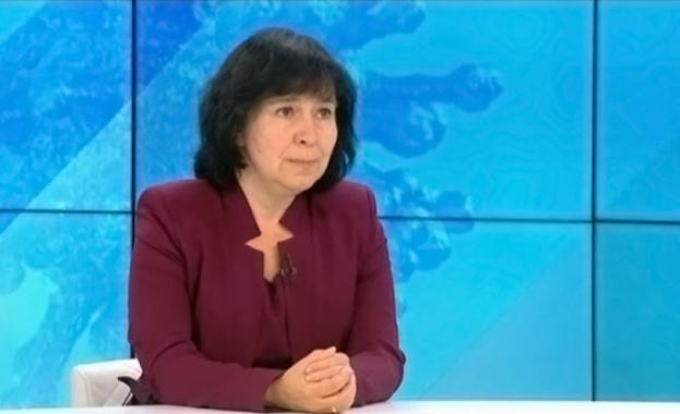 Проф. Петрова: Ваксините са ефективни до две години след поставянето им