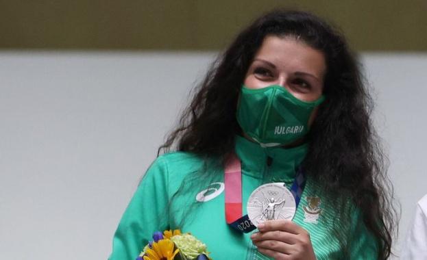 Антоанета Костадинова донесе първи медал за България в Токио