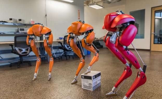 ова е първият хуманоид, способен да тича на открито Учени