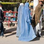 Бичувания, екзекуции, принудителни бракове: Какво очаква жените при талибаните