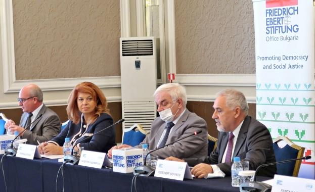 Илияна Йотова: Най-важен приоритет пред ЕС и България е справянето с бедността