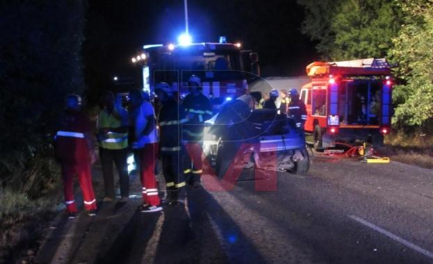 Един загинал и четирима с опасност за живота след сблъсък на пътя Русе-Силистра