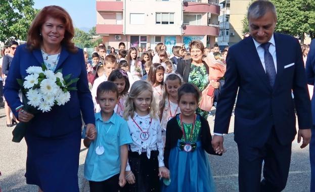 Вицепрезидентът: Просветата и книжнината родиха българската  нация