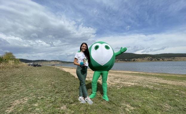 Доброволци от над 160 държави отбелязаха Световния ден на почистването