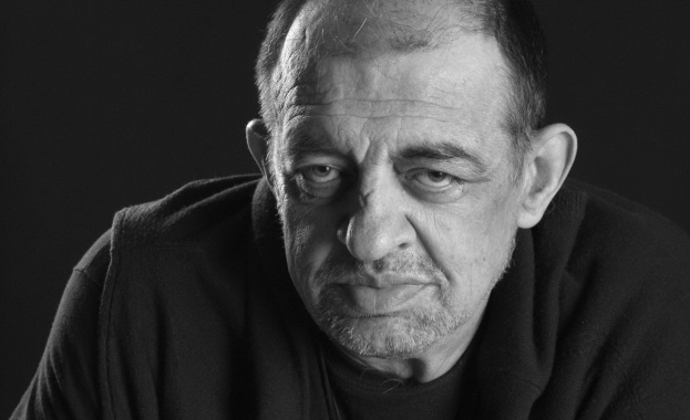 На 56-годишна възраст почина варненският журналист, политик и писател Неделчо