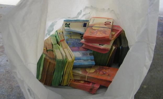 """Задържаха на ГКПП """"Калотина"""" извършител на банков обир с над 100 000 евро"""
