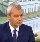 Костадин Костадинов: Гордея се с библиотеката си вкъщи