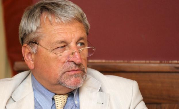 Иван Хиновски: Износът на ток не може да бъде ограничен