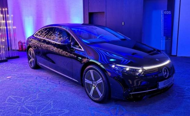 Mercedes-Benz стартира продажбите на електрическата S-класа в България, като за