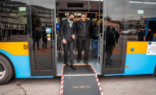 Още 30 нови електробуси ще се движат в градския транспорт